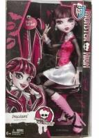 Кукла Monster High Дракулаура Страшно высокие DHC42