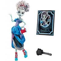 Кукла Monster High Френки Штейн Удивительные сказки X4486